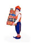Меньший gnome с коробками подарка Стоковая Фотография RF