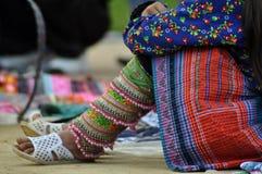 Меньшинство женщины Hmong китайское в Sapa, Вьетнаме Стоковые Фото