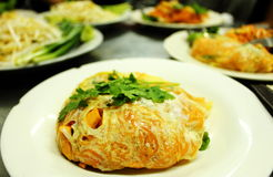 Местная еда в Бангкоке стоковые изображения