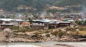 Местные дома Бутана в зиме Стоковые Изображения RF