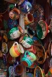Местные сувениры на дисплее на рынке пляжа в Playa del Carmen, Мексике Стоковая Фотография