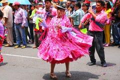Местные люди танцуя во время фестиваля девственницы de Ла Кандели Стоковое Фото