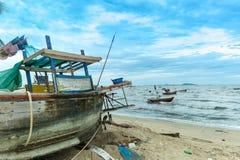 Местный анкер шлюпки рыболова стоковые фотографии rf