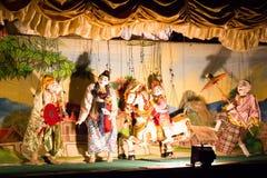Местный бирманский кукольный театр стоковые фотографии rf