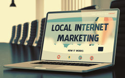 Местный маркетинг интернета на компьтер-книжке в конференц-зале 3d Стоковые Изображения