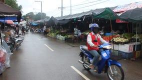 Местный рынок в Mae Hong Son сток-видео
