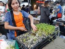 Местный рынок ночи стоковое фото rf