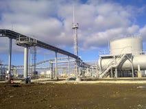 Месторождения нефти оборудования Стоковые Фото