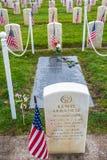 Место захоронения получателя фиолетового сердца почетной медали Стоковое Фото