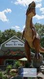 Место динозавра на деревне искусства природы в Montville, Коннектикуте Стоковые Фото