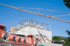 место крана конструкции здания Стоковые Изображения