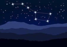 Место ночи, большой Dipper над горами Стоковые Изображения RF