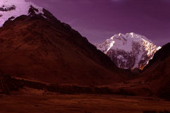 место ночи гор salcanty стоковые изображения