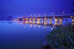 место ночи lihu моста Стоковое Фото