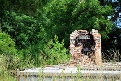 Место огня кирпича стоя после огня Стоковое Изображение
