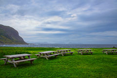 Место пикника океаном стоковая фотография