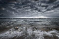 Место пляжа с холодными тонами Стоковое Фото