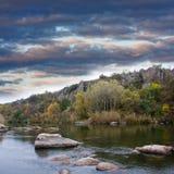 место реки вечера стоковое изображение rf