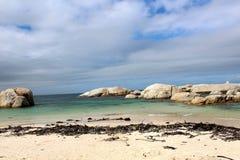 место людей группы пляжа ослабляя sunbathing Стоковая Фотография