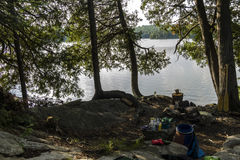 Место для лагеря во время путешествия каное в Algonquin, Канаде Стоковое фото RF