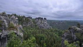 Место для альпинистов в Saxon Швейцарии парка Стоковое Фото