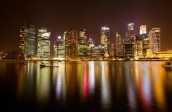 место singapore ночи заречья финансовохозяйственное Стоковые Изображения