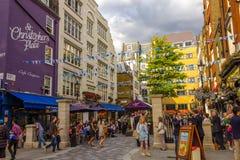 Место St Christophers в Лондоне стоковая фотография