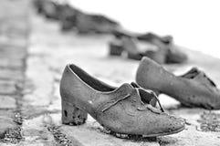 Металлические ботинки на Будапешт стоковое изображение rf
