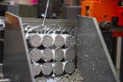Металлы вырезывания машины ленточнопильного станка сырцовые стоковое изображение rf