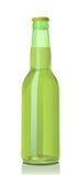 металл зеленого цвета защитного прозрачного стекла бутылки пива Стоковые Фотографии RF