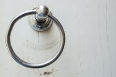 металл ручки двери деревянный стоковые изображения
