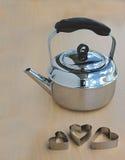 металл чайника сердец Стоковые Изображения RF