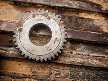 Металл шестерни катит конец-вверх стоковые фото