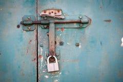металл grunge двери Стоковые Изображения
