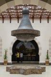 Металлическая потолочная лампа на приеме стоковые изображения