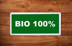 Металлическая пластинка с надписью био 100% Стоковые Изображения RF