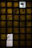 Металл и покрашенная стеклянная лестница внутренние Стоковые Изображения