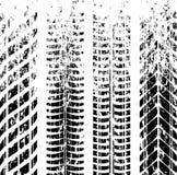 Метки следа автошины Grunge стоковые фото