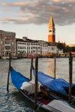 Метки St отражают на грандиозном канале в Венеции, Италии Стоковые Фото