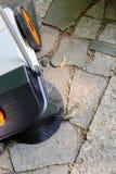 Метод для руководства автоматизировал чистку улиц и тротуаров щетки и дорога Стоковая Фотография