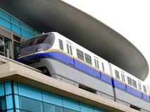 метро Дубай стоковое изображение