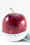 метр яблока стоковая фотография rf