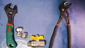 Механизм прерывного действия, регулирует сжатие силы ключа и элементы запорных клапанов воды и газа, положения квартиры сток-видео