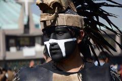 Мехико, Мексика 12-ое декабря 2017: Паломники празднуют праздненства на базилике Guadalupe Стоковые Изображения