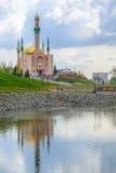 Мечеть в городе Almetyevsk Татарстане России Стоковая Фотография RF