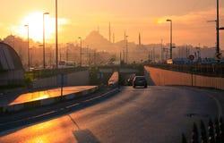 Мечеть в Стамбуле на заходе солнца Стоковое Изображение