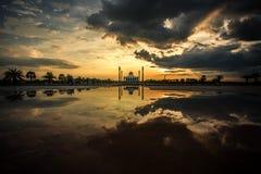Мечеть в Таиланде во время захода солнца Стоковая Фотография