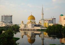 Мечеть a городка Klang королевская K Masjid Bandar Diraja Klang Стоковое Изображение