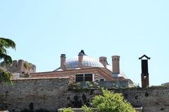 Мечеть за стеной Стоковое фото RF