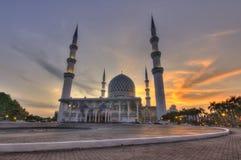 Мечеть сини захода солнца стоковая фотография rf